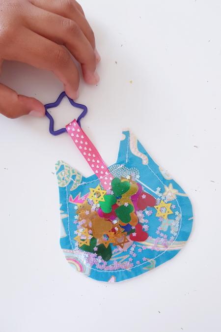 tuto couture enfant adulte débutant - lilaxel - porte-clés à paillettes