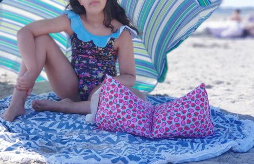 atelier couture enfant lilaxel à lorient - papaours - coussin de plage